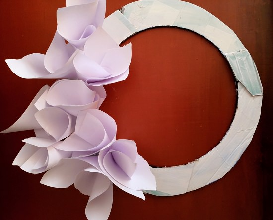 Paper Flower Wreath Tutorial 6