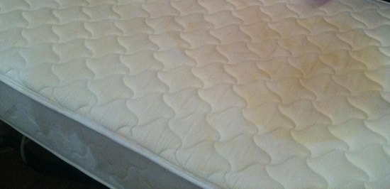 How to Remove Sweat Stains from Mattress