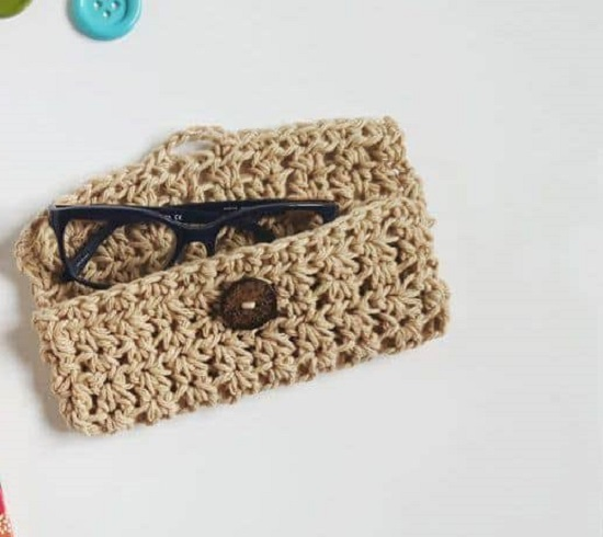 DIY Sunglass Case Ideas 27