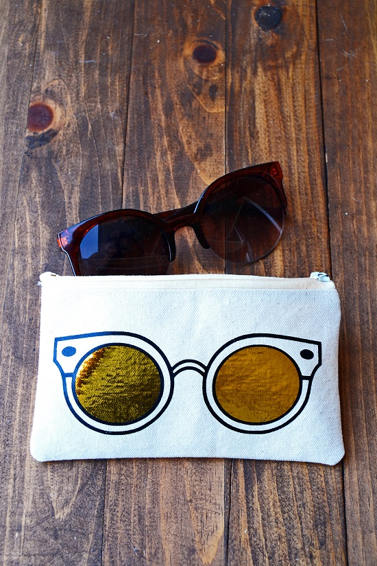DIY Sunglass Case Ideas 37