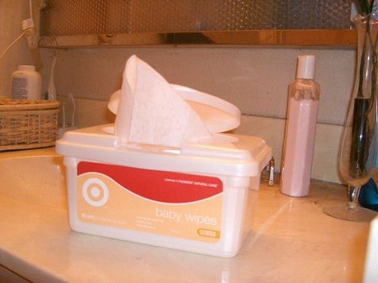 Easiest Homemade Baby Wipes