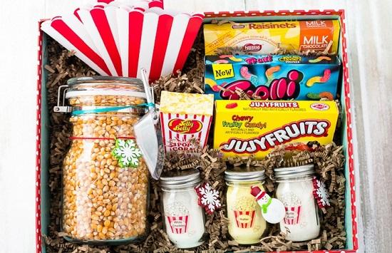 22 Diy Movie Night Gift Basket Ideas That Anyone Will Love