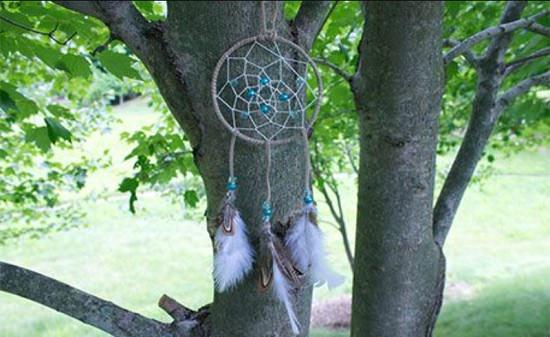 DIY Craft Wire Dreamcatcher