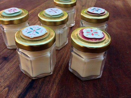 DIY Beeswax Lip Balm 2