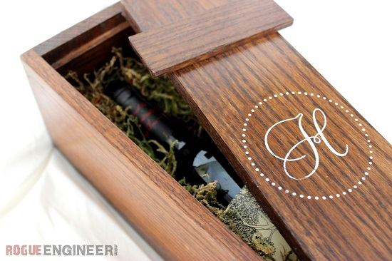 DIY Wedding Wine Gift Box