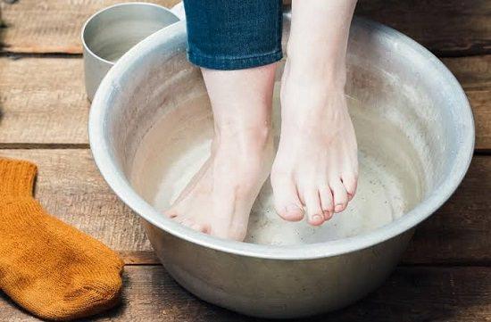 Vinegar Foot Soak