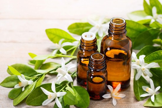 Benefits of neroli oil on the face1