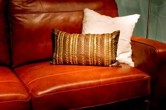How to Clean Faux Leather Couch3