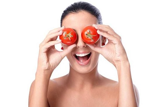Benefits of Tomato on The Face Overnight3