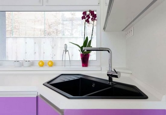 Corner Kitchen Sink Ideas1