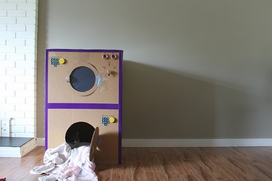 DIY Cardboard Laundry Set