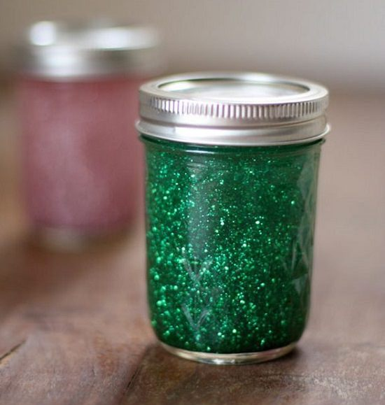 How to Make Glitter Jar with Vegetable Oil 1