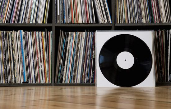 How to Clean Vinyl Records With Windex3