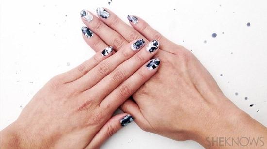 DIY Nail Polish Strips1
