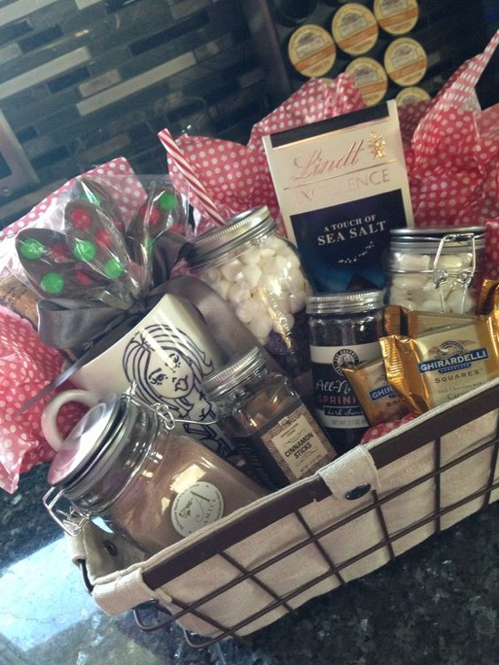 Date Night Gift Basket Ideas3