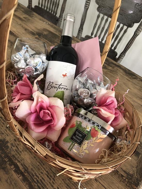 Date Night Gift Basket Ideas2