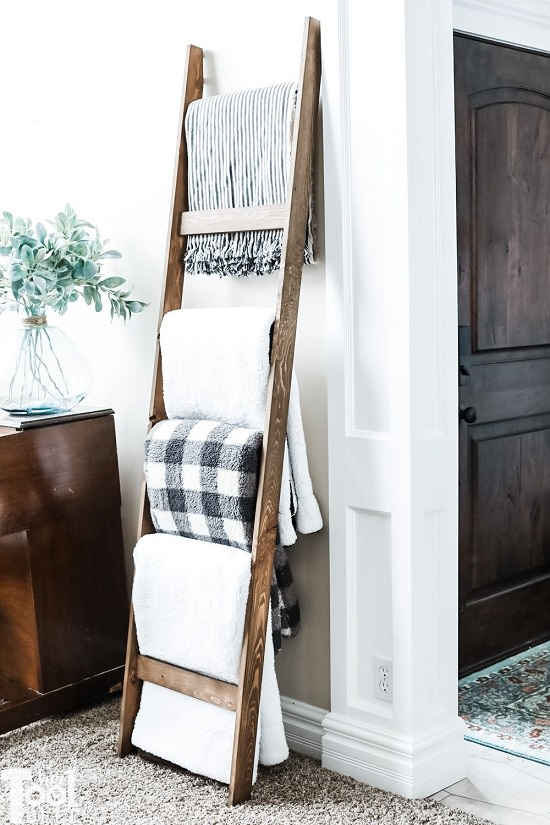 DIY Blanket Ladder Ideas2